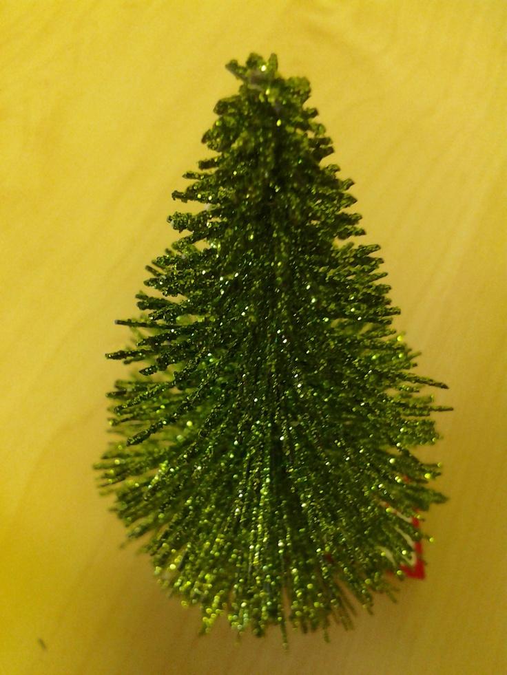 Glittering tree How to dry basil, Holiday decor, Decor