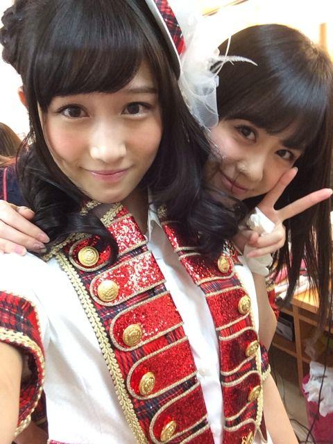 矢倉楓子 2013/12/12 今日のホテルこわこわ(OvO)♡ みなさんは、もう寝ますかー? 写真は、すみれさんとー☆