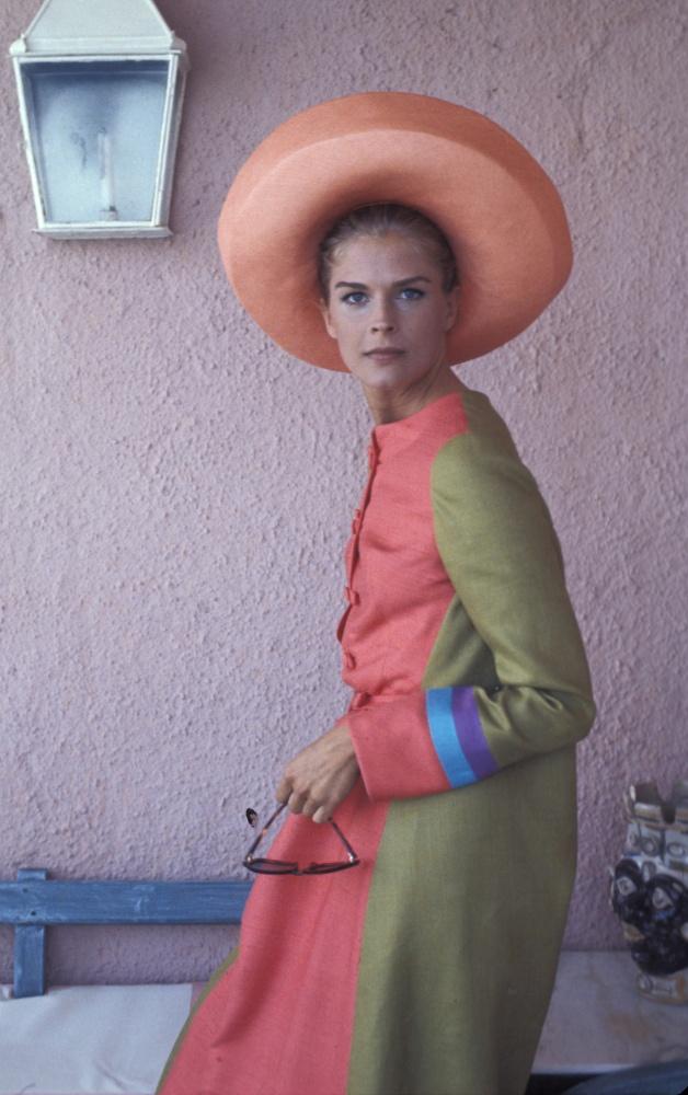 candice bergen: Bergen 1960S, 1960S Hats, Candice Bergen, Vintage Fashionista, 60S Coats Hats, 1960S Fashion, Candace Bergen, Fashion Hats, 1960S Candice