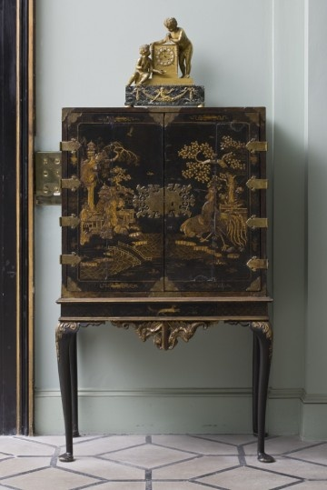 English japanned cabinet at Mount Stewart, Co. Down. ©NTPL/John Hammond