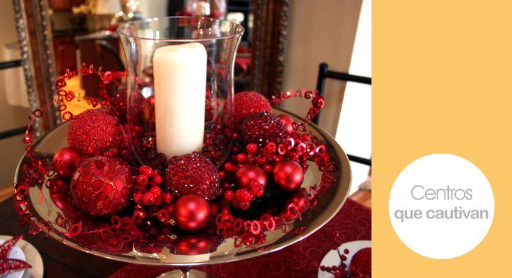 Tu centro de mesa debe lucir elegante y hermoso en esta navidad.