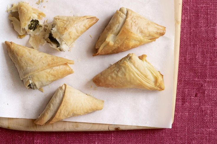 Spinach Pies - WomansDay.com