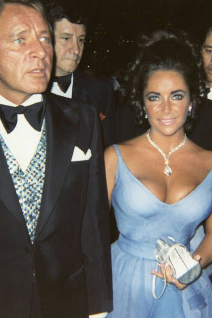 Elizabeth Taylor with some serious jewels (of course) at the Oscars, 1970