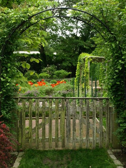 AnotherDayInMyGarden: Portfolio    Broadview Gardens, East Hampton, NY