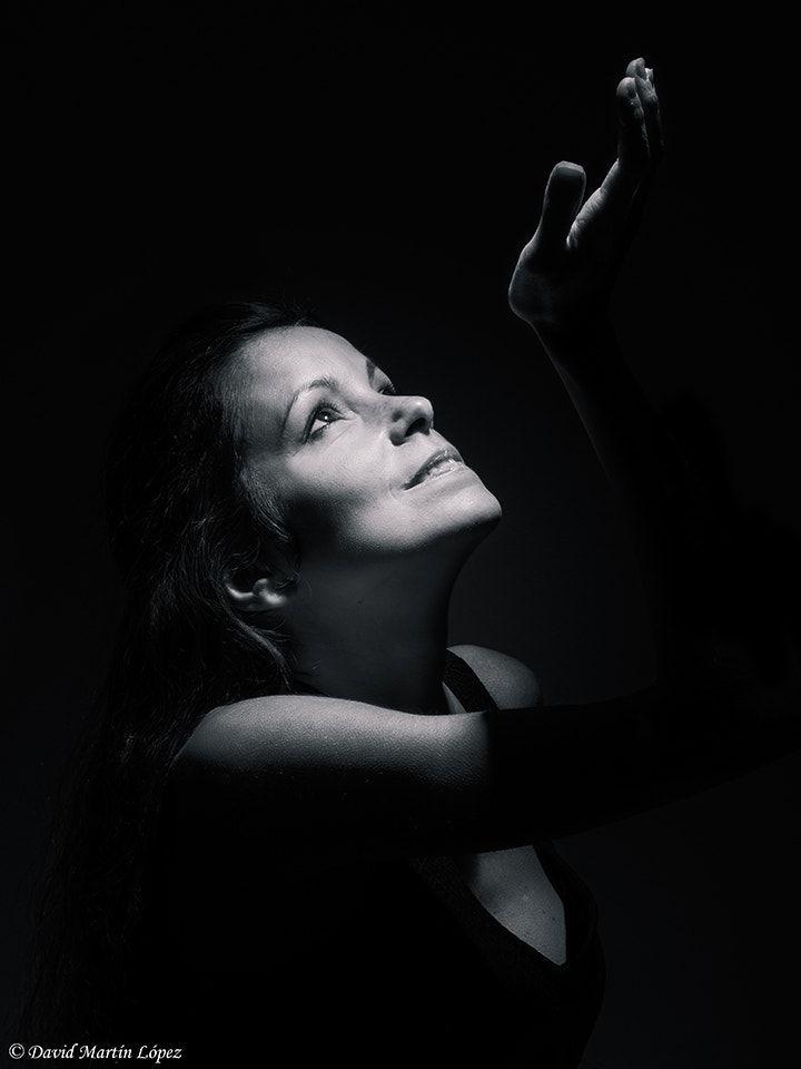 A touch of light - Model / Modelo: Diana Conde Photography and edition / Fotografía y edición: David Martín López