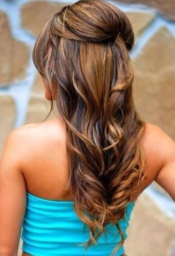 soft waves, upper head accentuated