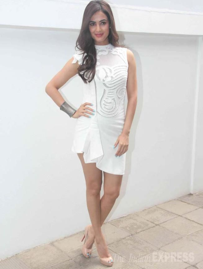 Sonal Chauhan in a white SS Surya mini dress at @nisshk's pre-wedding brunch. #Bollywood #Fashion #Style #Beauty #Sexy