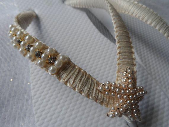 Ivory Wedding Flip Flops / Gold Pearls Starfish by RossyAccesorios