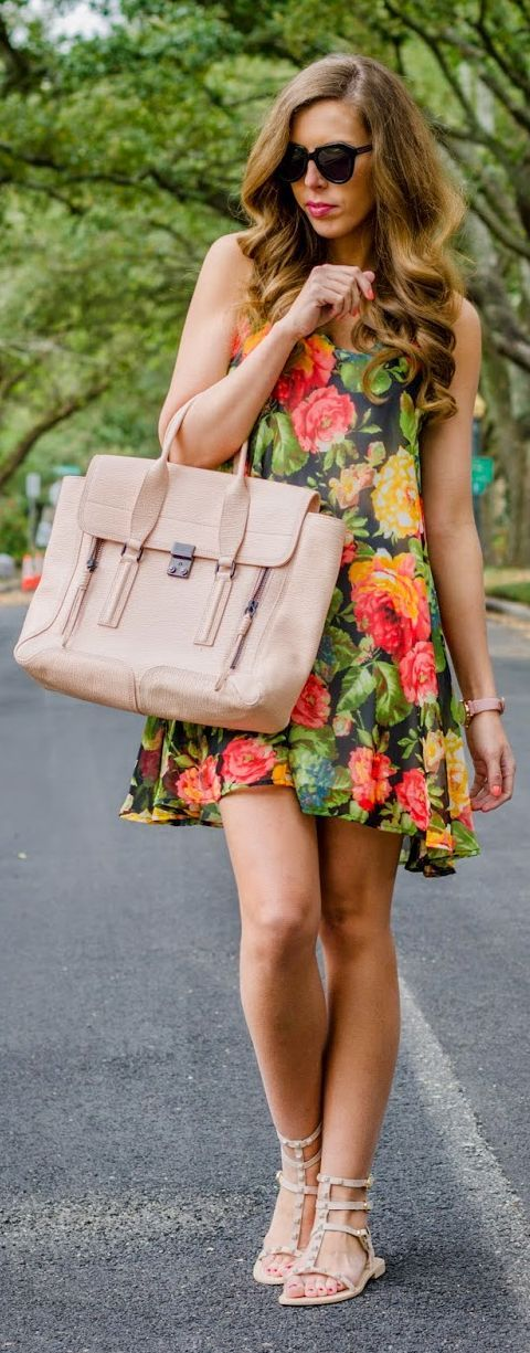 Floral And Blush Spring Outfit