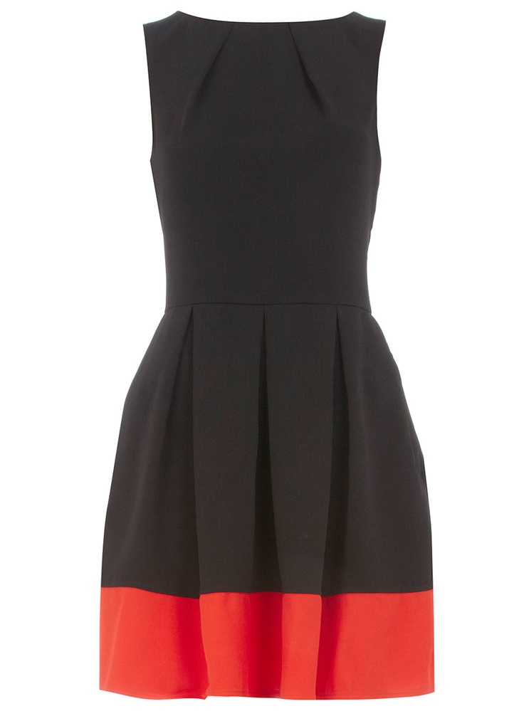 Nice twist to the classic dark dress.: Dips Dresses, Colorblock Hemmings, Contrast Dresses, Blocks Dresses, Dark Orange, Colorblock Dresses, Color Blocks, Little Black Dresses, Work Dresses