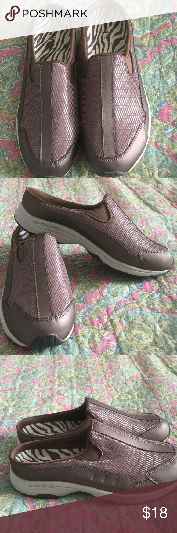 Easy Spirit Shoes Very good using condition size 9.5 Easy Spirit Shoes. Soft and comfortable. From smoke free home Easy Spirit Shoes