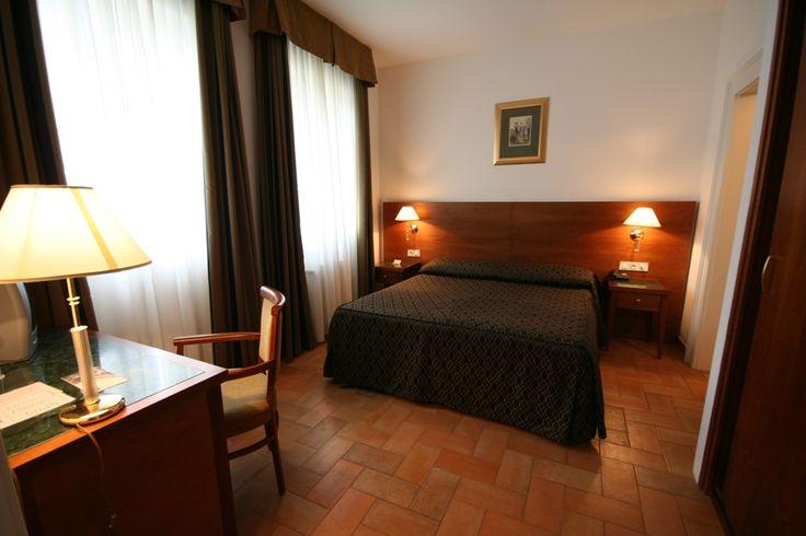 Standard room Hotel Galileo www.hotelgalileoprague.com