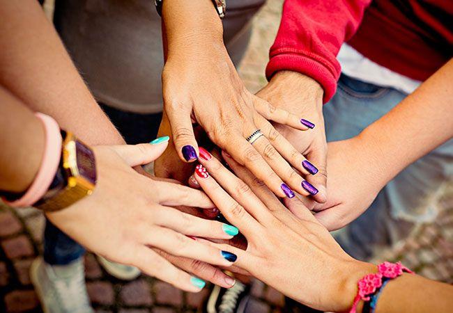 10 pasos para lograr una manicura como una profesional http://www.nuevamujer.com/mujeres/belleza/todos/10-pasos-para-lograr-una-manicura-como-una-profesional/2016-06-01/211118.html