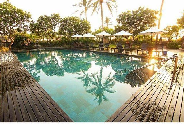 WEBSTA @ ayodyabali - A resort within the resort, exclusive only at our Ayodya Palace. 📷: @Gintingefraim #pool #resort #bali #ayodyaresortbali #holiday 😎🌴