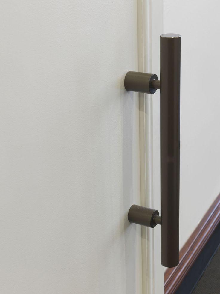 PIPECLAY LAWSON OFFICES | alwill  #door #details #interiors #doorhandle