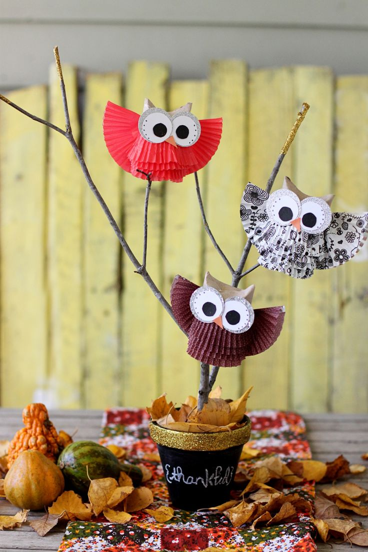 Make owls from cupcake liners.