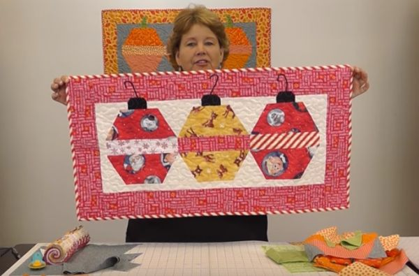 31 Best Thanksgiving Sewing And Quilting Projects Images