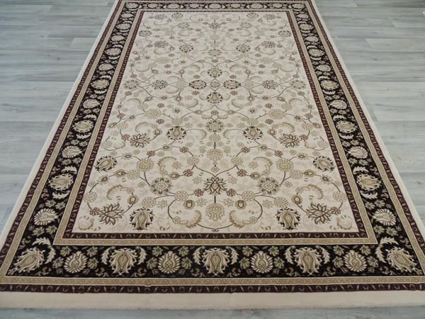Top Quality Traditional Design Turkish Rug Size: 160 x 230cm