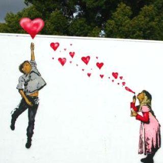 """SWEETHEARTS"" <3 Bansky street art https://www.facebook.com/pages/Creative-Mind/319604758097900"