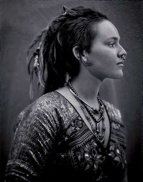 Tribal.  From: http://25.media.tumblr.com/tumblr_lu17kt2vHw1qatqtto1_500.jpg