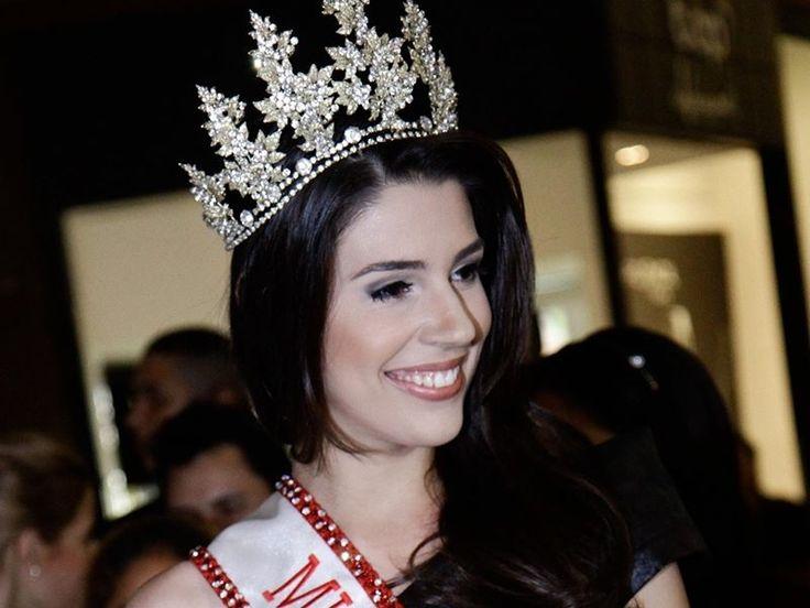 Vivian Amorim Idade: 23 anos Cidade: Manaus (AM) Profissão: Advogada
