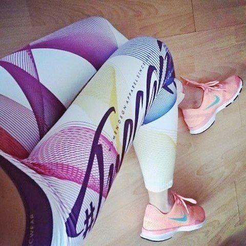 #trecgirl #fitness #gymgitrl #gymaddict #training #trening #workout #leggings #legginsy #ćwiczenia #odchudzanie #weighlotss #motivation #motywacja #fitnessmotivation #gymmotivation #gymwear #gymclothes #gymclothing #sportswear #fitisthenewskinny #nike #shoes #beauty #fashion #fitnessfashion #moda #instafit #fitstagram #befit @mstohrova @trecwear @trecnutrition