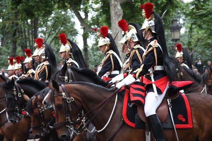 Paris défilé militaire du 14 Juillet 2014  Photo © Adrien-Perreau