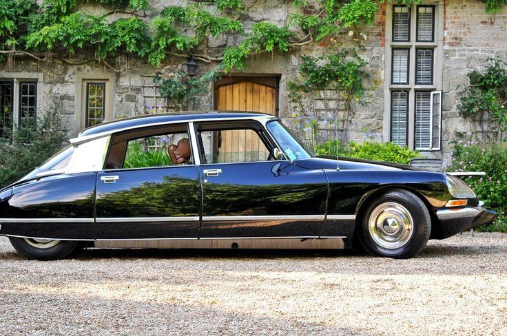 2166 best citroen ds images on pinterest for Garage citroen saulx les chartreux