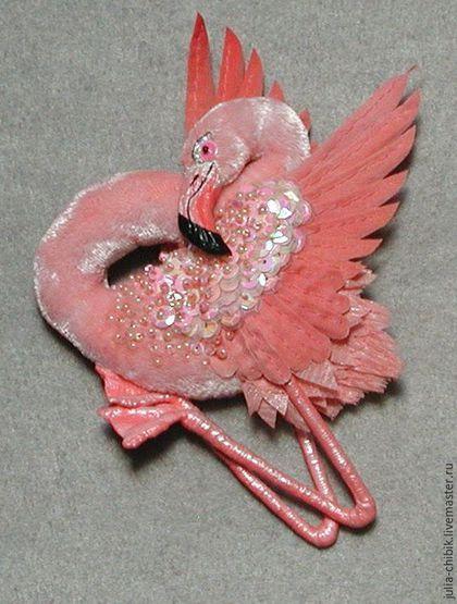Брошь, птица, розовый фламинго, текстильная брошь, брошь ручной работы, танцующий фламинго.