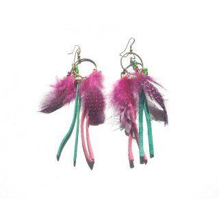 trendige Ohrringe in pink und türkis mit Federn und Lederfransen - ca. 10 cm - nickelfrei