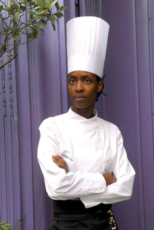 Rougui Dia : elle nous rend tous babas !  À tout juste 40 ans, l'ex-chef du Vraymonde, le restaurant du prestigieux Buddha Bar Hotel de Paris, se lance dans une nouvelle aventure culinaire. Avec un associé, elle inaugure cette rentrée une adresse gourmande, Baptisé Un amour de baba, l'endroit est, comme son nom l'indique, conçu autour du baba au rhum.