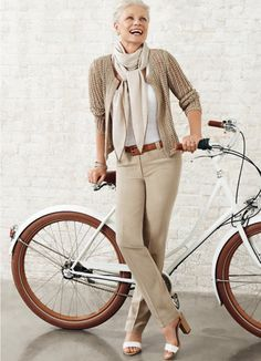 https://www.google.com/search?q=middle age fashion women