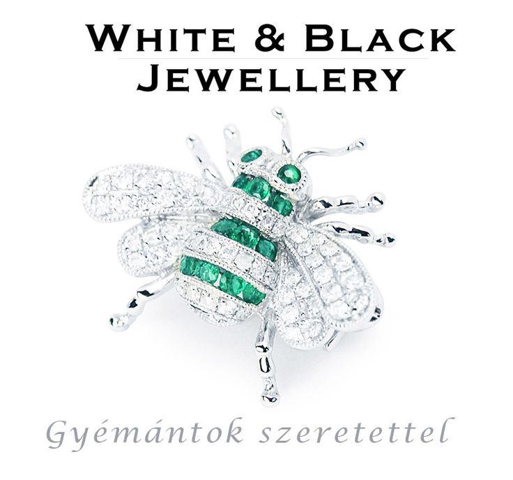Méhecske bross fehéraranyból valódi gyémánt és smaragd kövekkel. Medálként is hordható! - Bee pendant with real diamonds and emeralds set in white gold