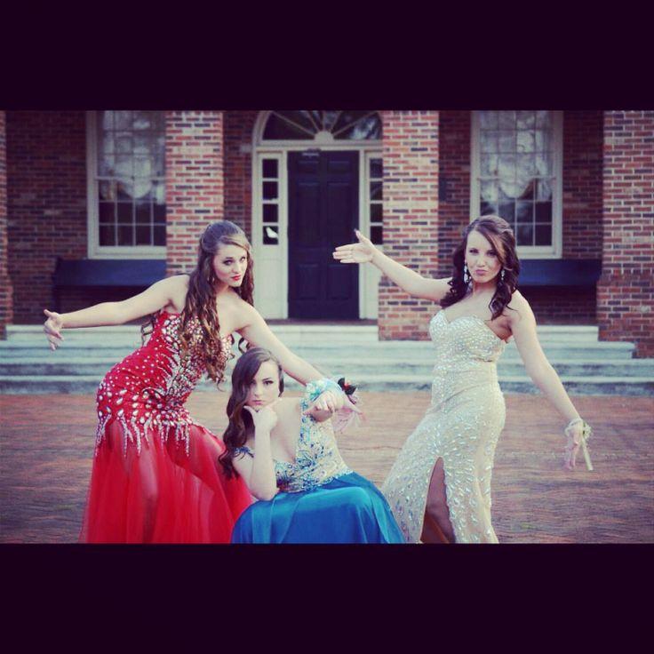 Best friend prom pose ❤️
