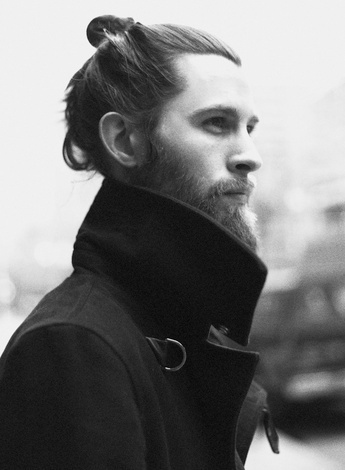 Beard....long hair....possibly tattoos....yes please....
