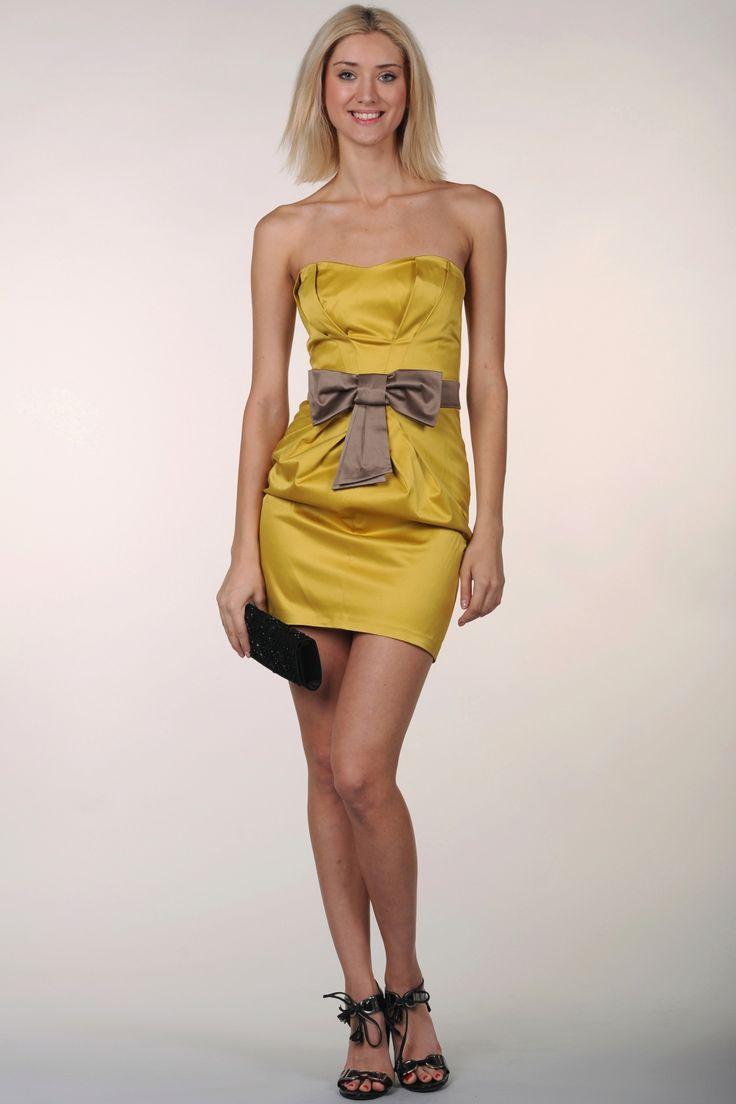 Маленькое атласное платье-бюстье с красивым бантом на талии http://fas.st/NkQmU