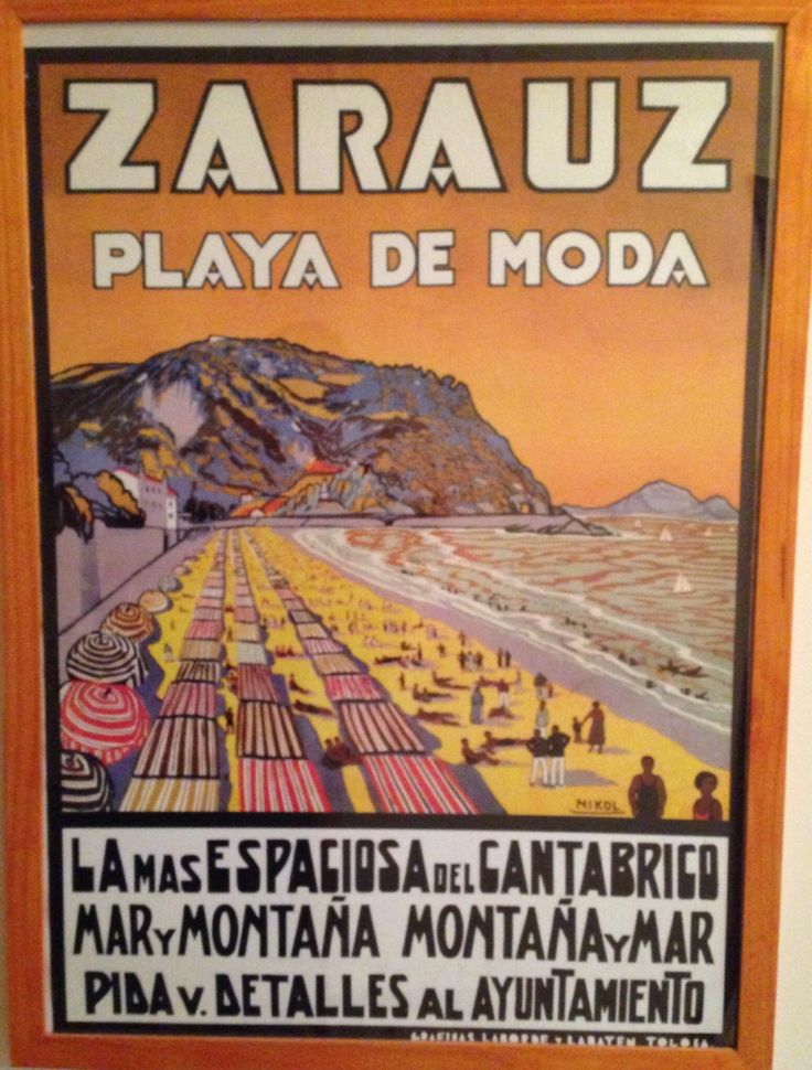 Zarauz - Playa de moda / País Vasco - Spain