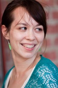 Η αγαπημένη μας σχεδιάστρια πλεκτών Mari Chiba μας βοηθάει να την φτάσουμε...