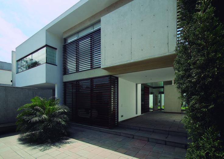 Gallery of Patio House / Seinfeld Arquitectos - 2