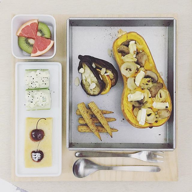 good morning Thursday :-0))) . #goodmorning #morning #breakfast #yummy #goodfood #instafood #onthetable  #homemade #foodie #foodstagram #igfood #foodphotography #foodphoto #yum #2eat2gether #MyChefsTable #S_S_iloveBreakfast #朝食 #早餐 #goodmorning #早安 #おはようございます #cooking #奶油南瓜 #Stuffedpumpkin #butternutsquash #南瓜 #かぼちゃ #Tortellini #義大利餃 #トルテッリーニ