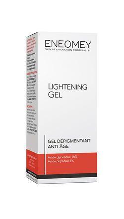 Grâce à sa formule à base d'acide glycolique et d'acide phytique, ce gel lutte efficacement contre les taches chez les peaux grasses et épaisses.