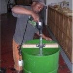 How to build a honey extracter