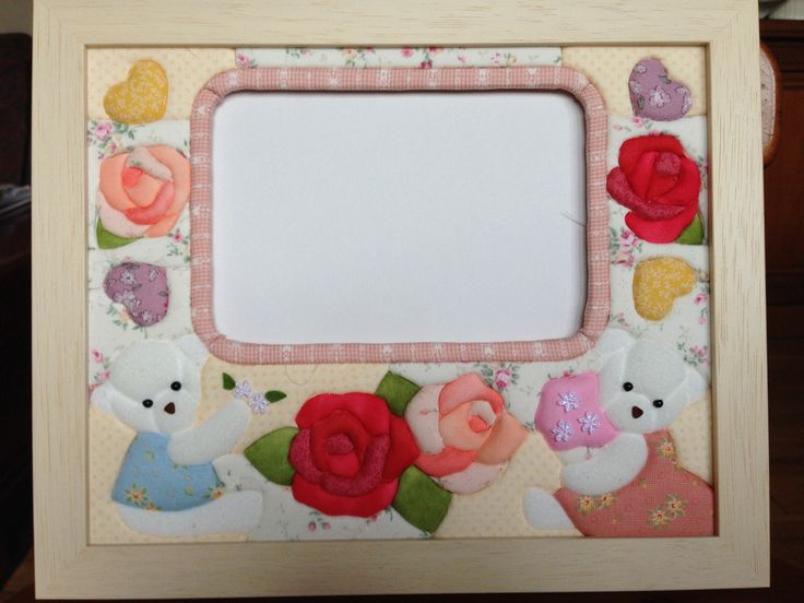 White baby bears for a frame