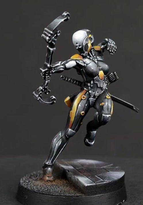 Ninja w/ Tactical Bow (Red Veil Ltd Sculpt)