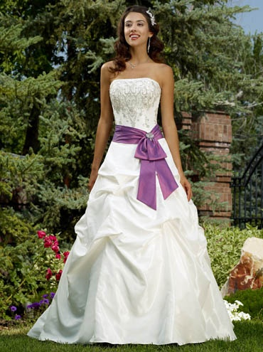Wedding dress with purple accent - LOVE THIS but would have make shorter and poss not super puffy at bottem - pair with pair of purple plaid or shoes with purple in them to not be so matchy matchy?