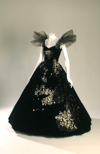 Gown worn by Greta Garbo as 'Marguerite' - 1936 - Camille