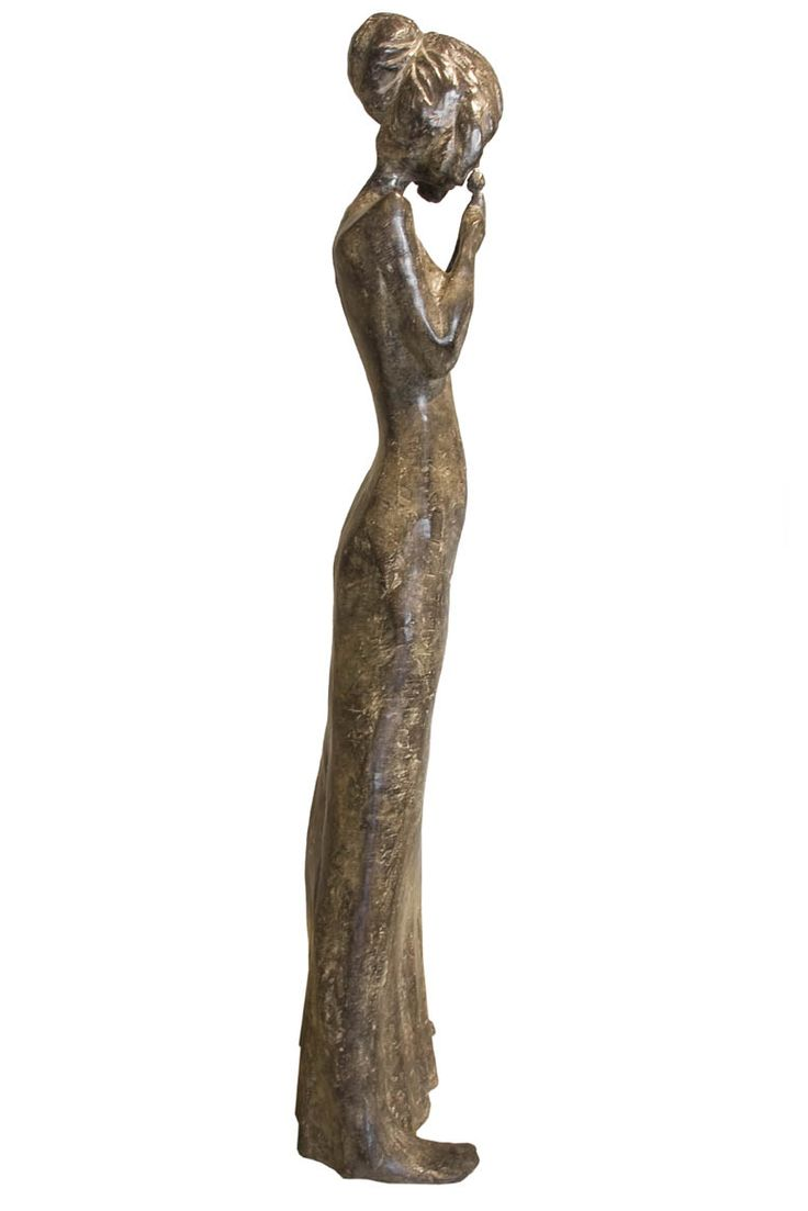 An original #sculpture by #TheoMegaw entitled #Tulip #bronze #southafricanartist  For more please visit www.finearts.co.za