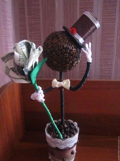 """Топиарии ручной работы. Ярмарка Мастеров - ручная работа. Купить Топиарий """"Джентльмен"""". Handmade. Кофейный топиарий, подарок из кофе"""