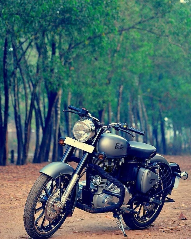 Photo of Royal Enfield classic 350cc gunmetal gry