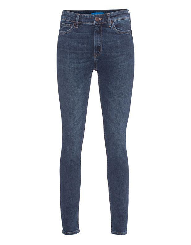 High-Waist Skinny-Jeans Figurbetont geschnittene mittelblaue Skinny-Jeans mit Stretch-Anteil im trendigen High-Waist-Schnitt mit Washed-Out Finish und in typischer 5-Pocket-Ausstattung mit Leder-Label-Patch hinten.  Schmiegt sich perfekt dem Körper an und gibt jedem Look einen lässigen Touch!